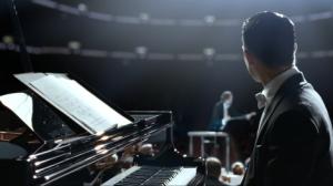 grand-piano-movie-elijah-wood-audience